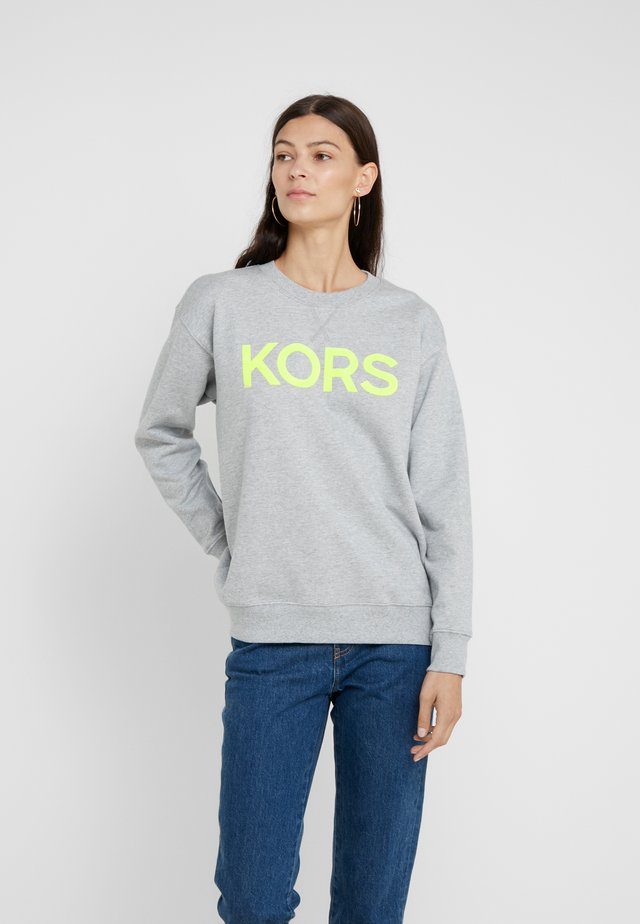 LOGO - Sweatshirt - neon yellow