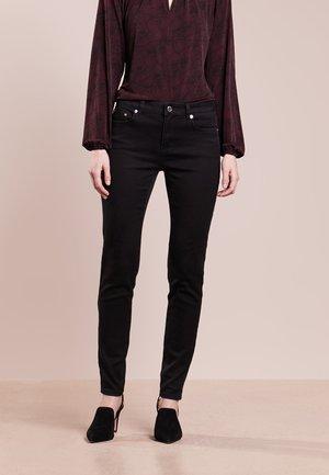 SELMA SKINNY - Skinny džíny - black