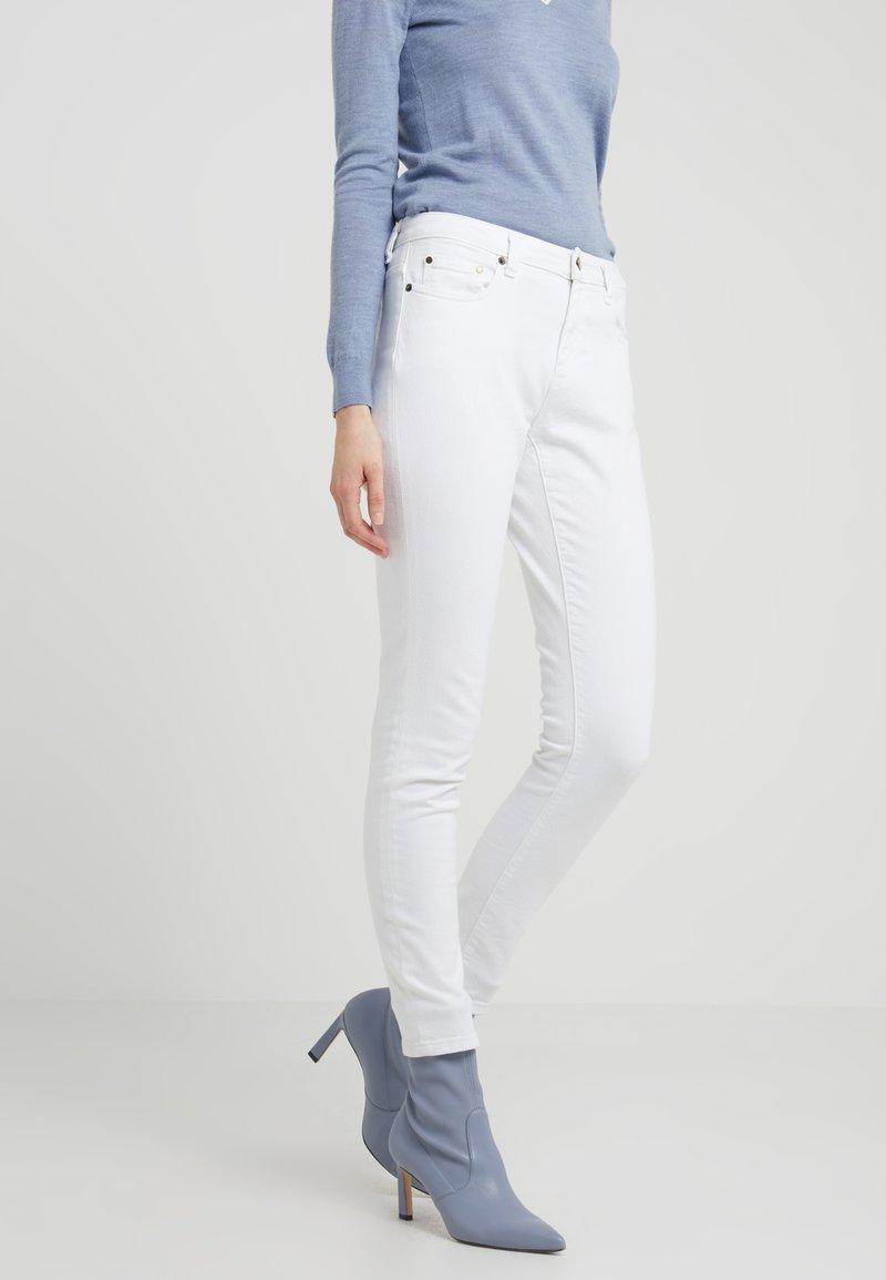 MICHAEL Michael Kors - SELMA  - Slim fit jeans - white