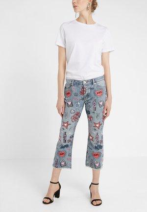 CAMP DRAIN - Jeans Straight Leg - light vintage wash