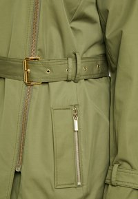 MICHAEL Michael Kors - PLUS ZIP FRONT - Trenchcoat - smoky olive - 5