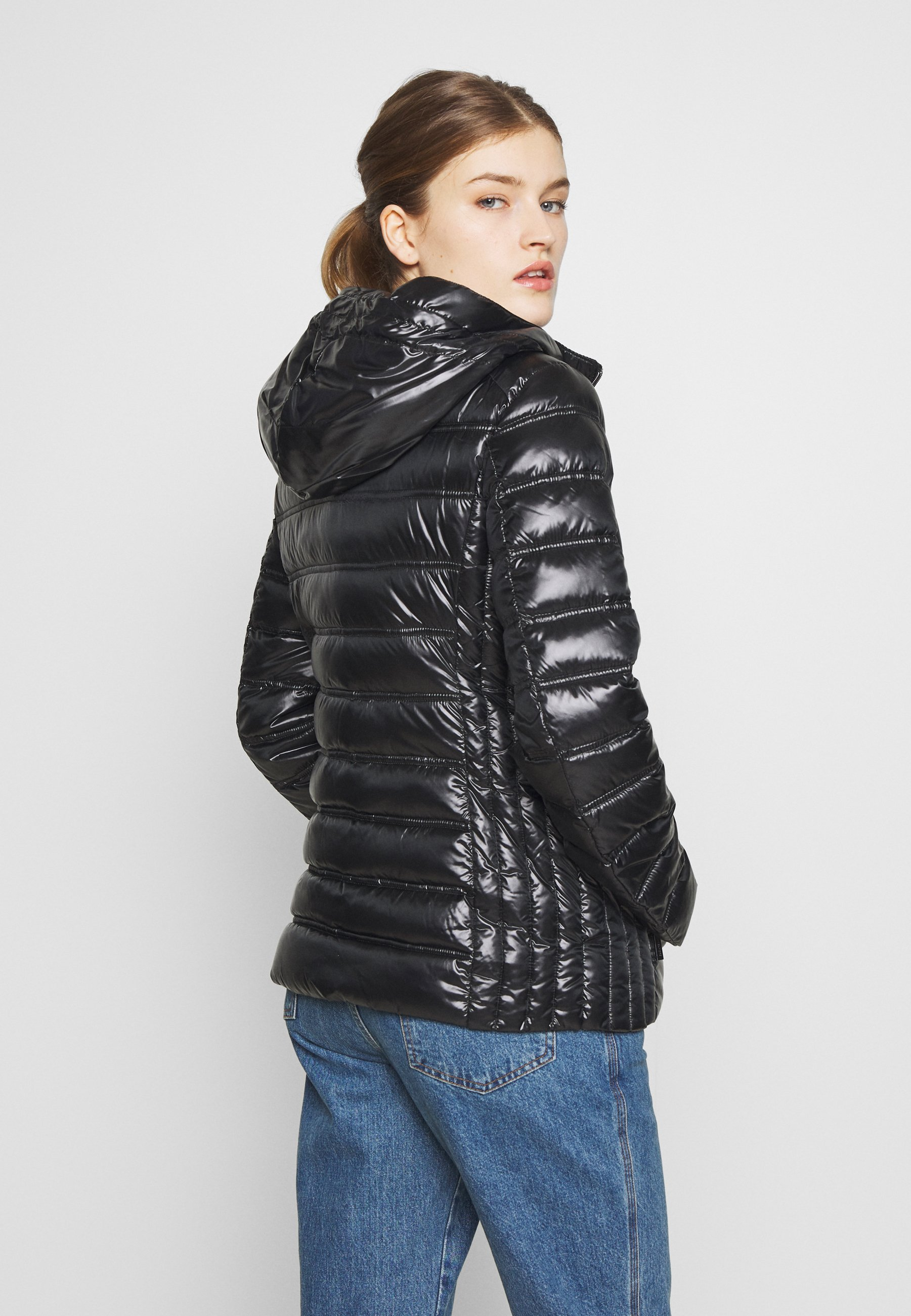 MICHAEL Michael Kors FITTED PACKABLE PUFFER HOOD - Kurtka puchowa - black
