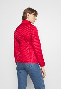 MICHAEL Michael Kors - FITTED PACKABLE PUFFER - Down jacket - red - 2