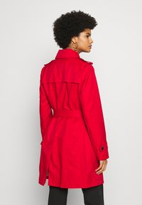MICHAEL Michael Kors - NEW WITH HOOD  - Trenchcoats - red - 3