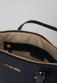 MICHAEL Michael Kors - Shopping Bag - admiral - 4