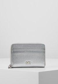 MICHAEL Michael Kors - Peněženka - silver - 0
