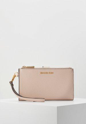 Peněženka - soft pink