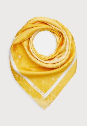 SPIRAL TIE DYE SCARF - Šátek - saffron