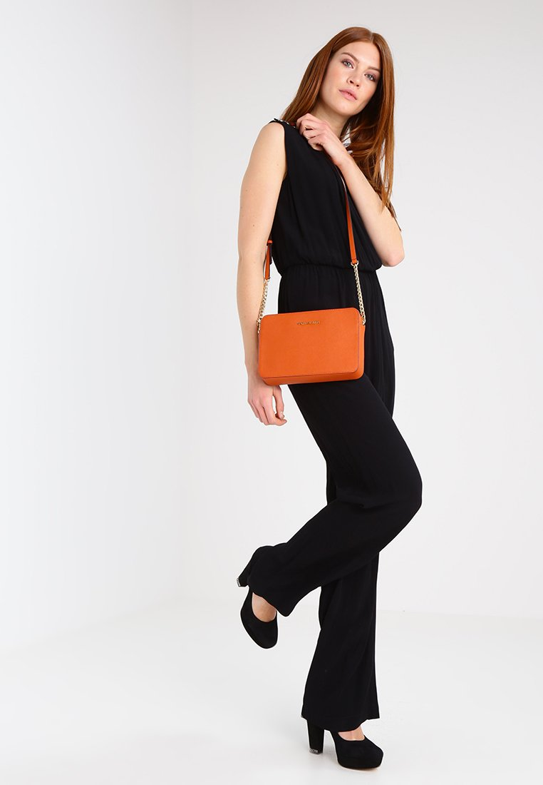 MICHAEL Michael Kors - JET SET TRAVEL CROSSBODY - Umhängetasche - orange
