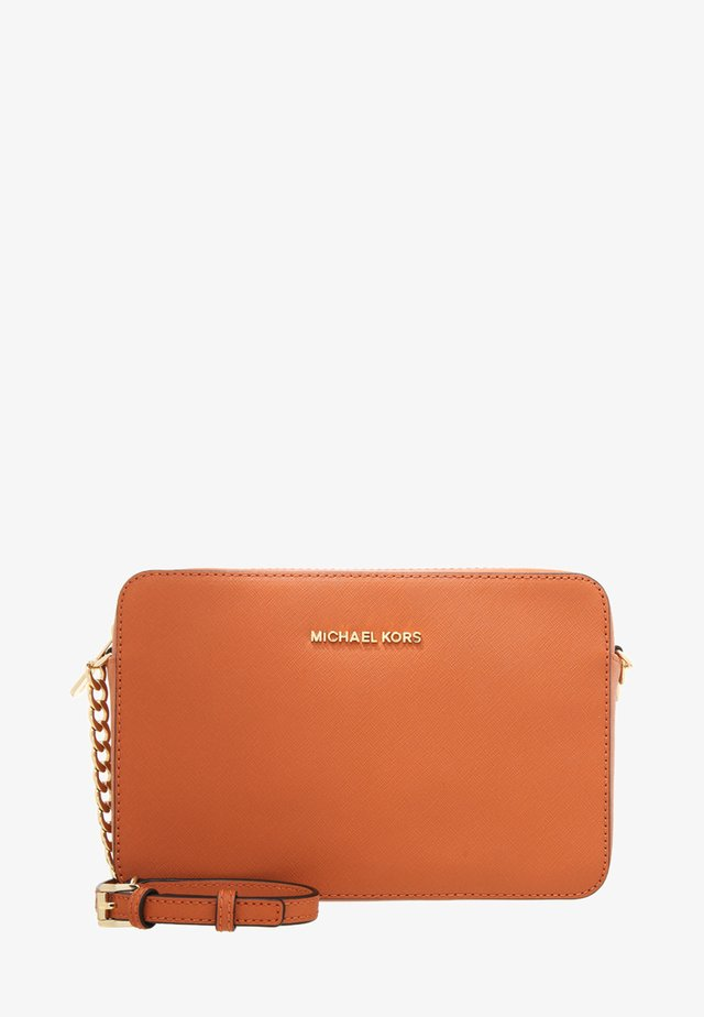 JET SET TRAVEL CROSSBODY - Taška s příčným popruhem - orange