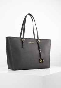 MICHAEL Michael Kors - JET SET TRAVEL - Handbag - black - 0