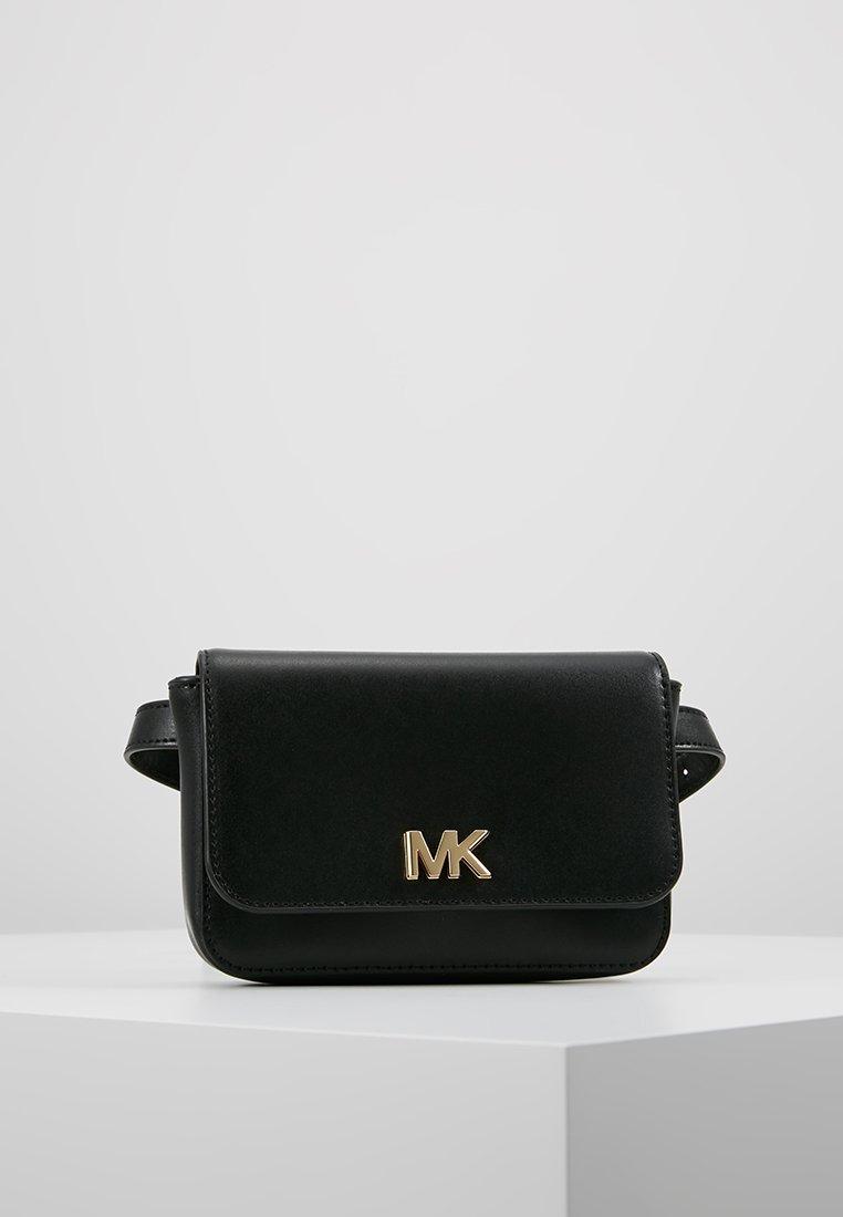 MICHAEL Michael Kors - MOTT BELT BAG - Ledvinka - black