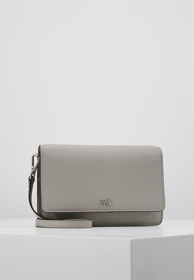 MICHAEL Michael Kors - PHONE CROSSBODY - Across body bag - pearl grey