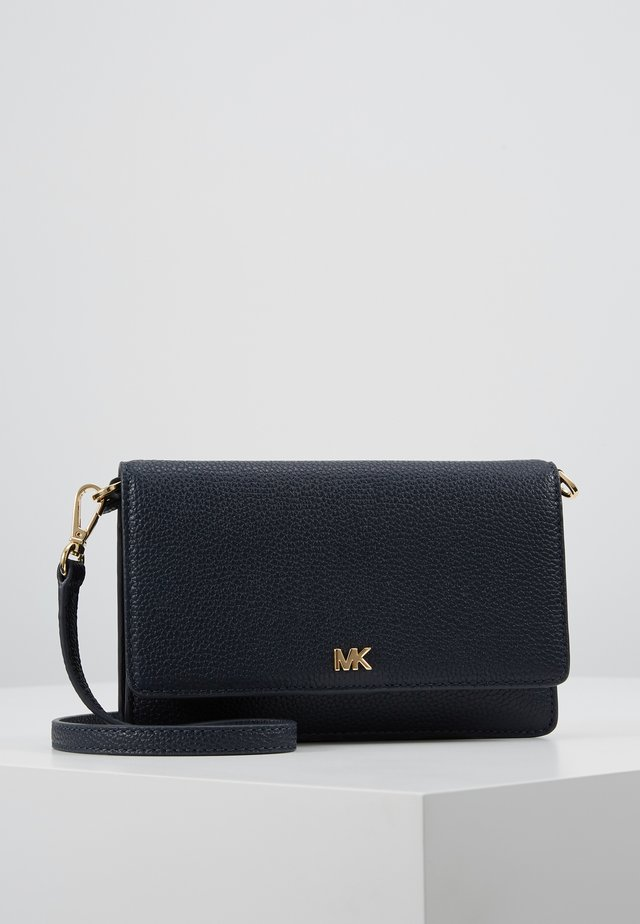 PHONE CROSSBODY - Clutch - admiral/ navy