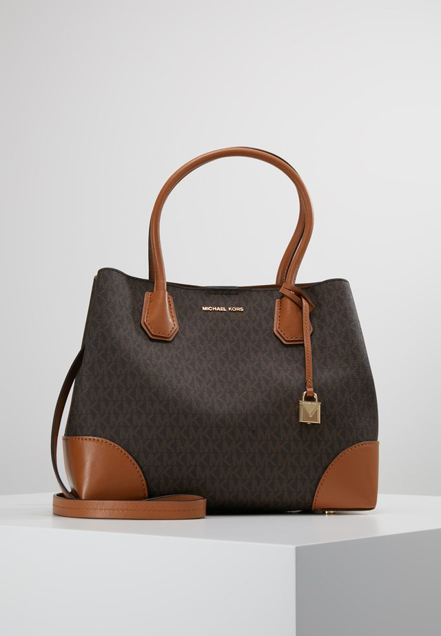 MERCER CENTER ZIP TOTE - Handväska - brown/acorn