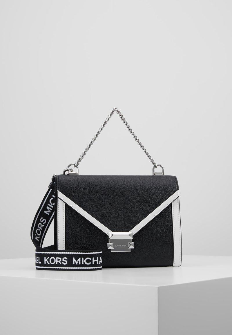MICHAEL Michael Kors - WHITNEY - Borsa a mano - black/optic white