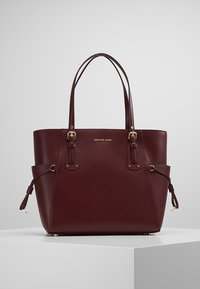MICHAEL Michael Kors - VOYAGER TOTE - Bolso de mano - oxblood - 0