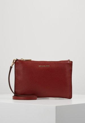 CROSSBODIES POUCH BODY - Bandolera - brandy