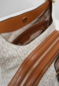MICHAEL Michael Kors - LILLIE TOTE - Shopping bag - vanilla - 4