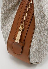 MICHAEL Michael Kors - LILLIE TOTE - Shopping bag - vanilla - 6