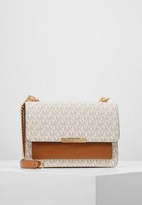 MICHAEL Michael Kors - JADE - Handbag - vanilla - 0