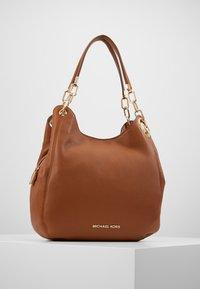 MICHAEL Michael Kors - LILLIE CHAIN TOTE SMALL - Handbag - cognac - 0
