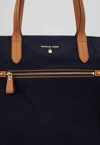 MICHAEL Michael Kors - KELSEY - Shopping bag - admiral - 6