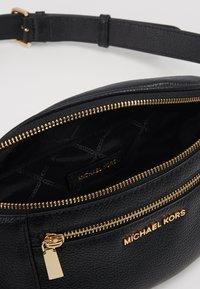 MICHAEL Michael Kors - WAISTPACK - Marsupio - black - 5