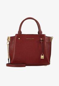 MICHAEL Michael Kors - ARIELLE SATCHEL MERCER PEBBLE - Handbag - brandy - 5