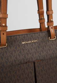 MICHAEL Michael Kors - Shopping bag - acorn - 6