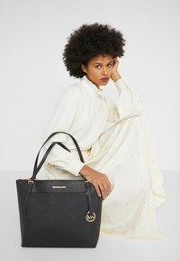 MICHAEL Michael Kors - Shopping bag - black - 1