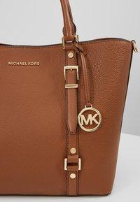 MICHAEL Michael Kors - BEDFORD LEGACY GRAB TOTE - Handbag - luggage - 7