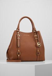 MICHAEL Michael Kors - BEDFORD LEGACY GRAB TOTE - Handbag - luggage - 0