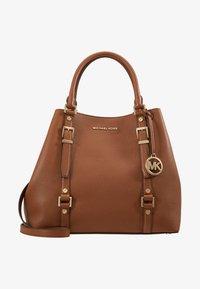 MICHAEL Michael Kors - BEDFORD LEGACY GRAB TOTE - Handbag - luggage - 6