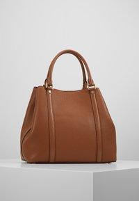 MICHAEL Michael Kors - BEDFORD LEGACY GRAB TOTE - Handbag - luggage - 2