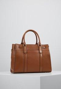 MICHAEL Michael Kors - Handtas - luggage - 2