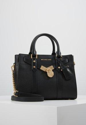 HAMILTON LEGACY SATCHEL - Håndtasker - black