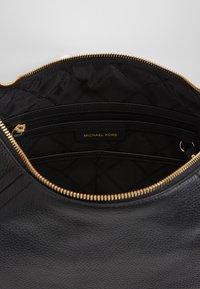 MICHAEL Michael Kors - ARIA PEBBLE  - Handbag - black - 4