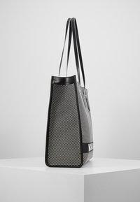 MICHAEL Michael Kors - Bolso shopping - black - 3