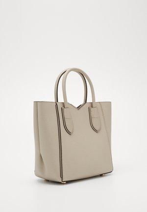 MAE MERCER PEBBLE - Handbag - light sand
