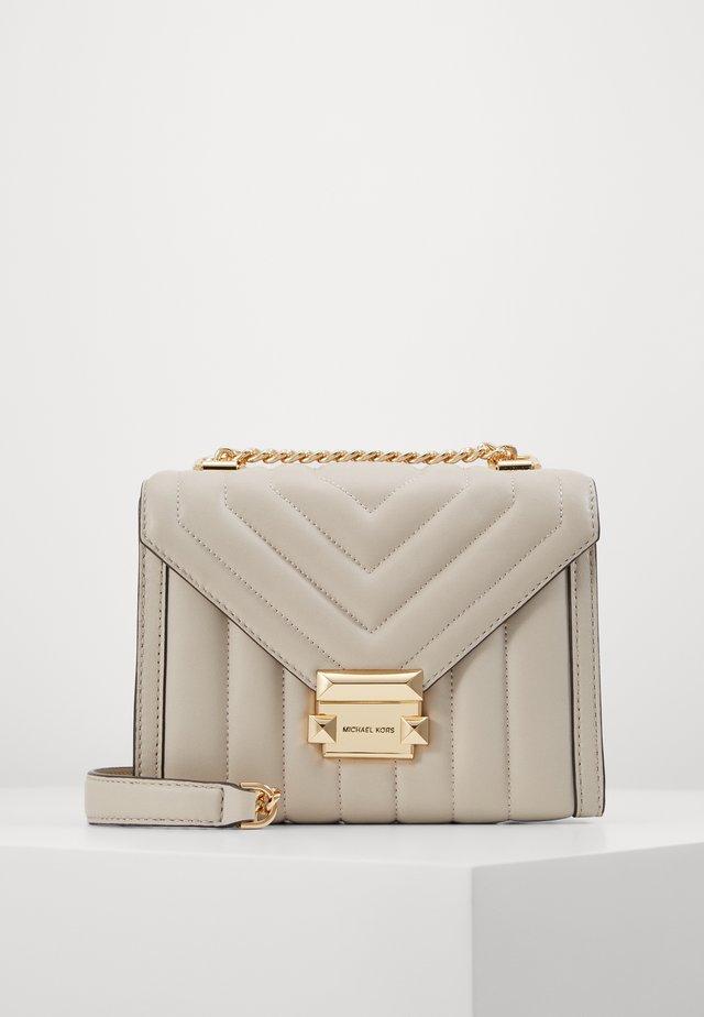 WHITNEY COSTA  - Across body bag - light sand