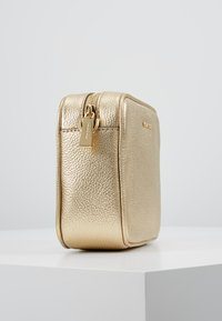 MICHAEL Michael Kors - Across body bag - pale gold - 3