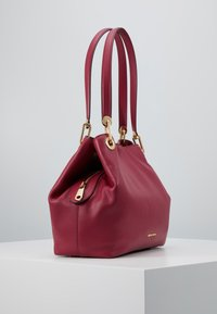 MICHAEL Michael Kors - RAVEN TOTE SMAL PEBBLE  - Handbag - berry - 3