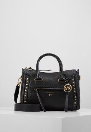 CARINE SATCHELPEBBLE - Håndtasker - black
