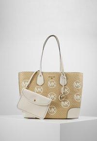 MICHAEL Michael Kors - Shopping bag - off-white - 4