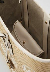 MICHAEL Michael Kors - Shopping bag - off-white - 3