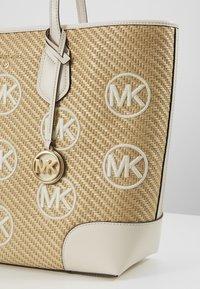 MICHAEL Michael Kors - Shopping bag - off-white - 6