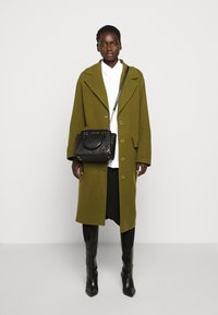 MICHAEL Michael Kors - MESSENGER - Handbag - black - 1