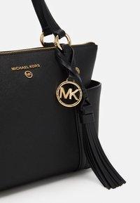 MICHAEL Michael Kors - TOTE - Handbag - black - 4