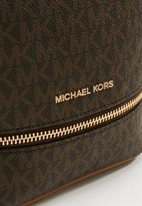 MICHAEL Michael Kors - Plecak - brown - 6